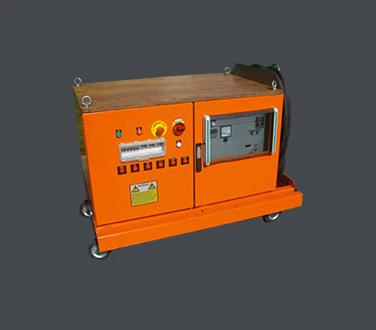 Machine de serrage par induction